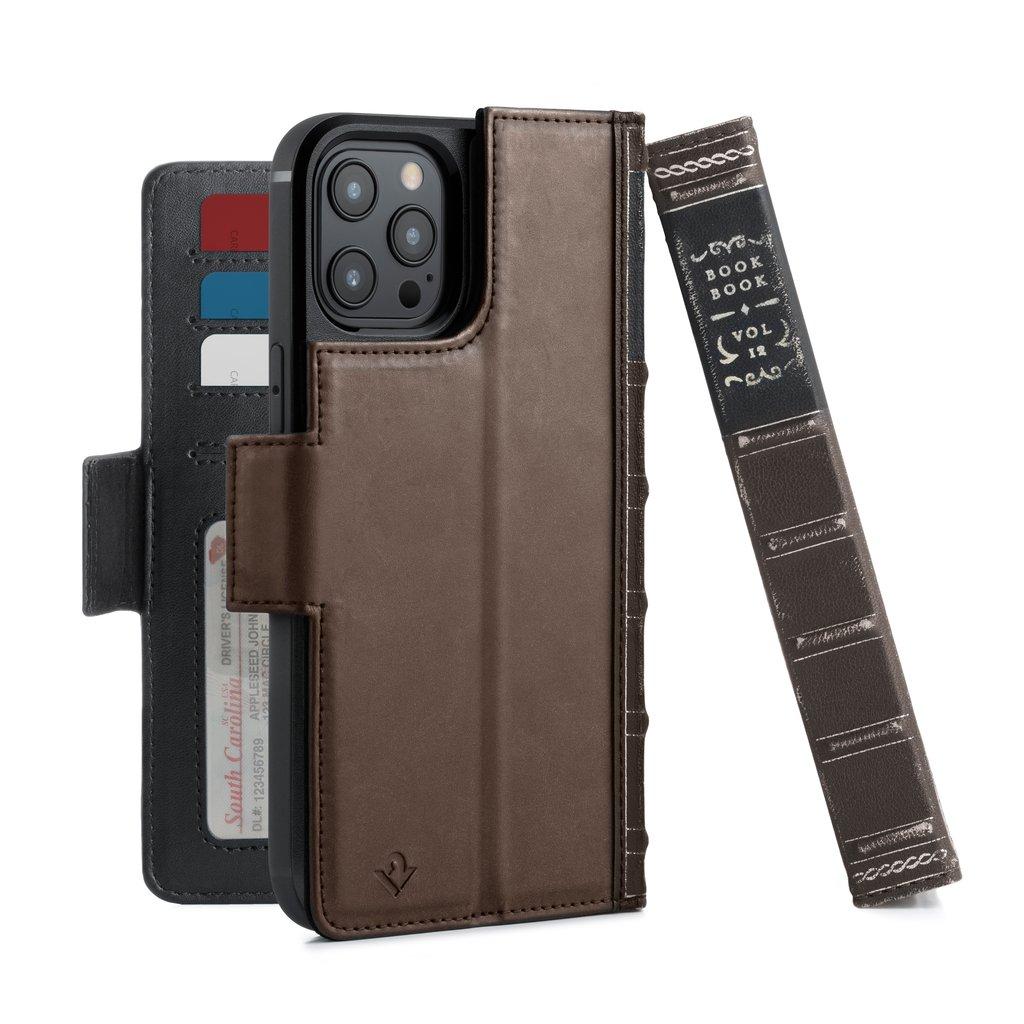 Чехол-книга в твердом переплете Twelve South iPhone 12 Pro Max MagSafe. Материалы: натуральная кожа, поликарбонат, микрофибра. Размеры изделия: 16,8 х 9,3 х 2,5 см. Цвет: коричневый.