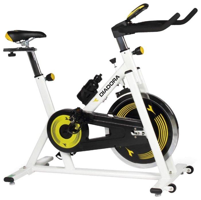 Вертикальный велотренажер Diadora Fitness Racer 18c
