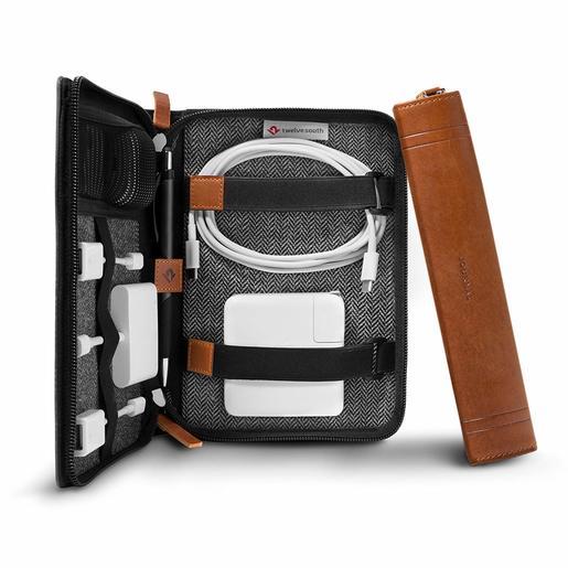 Папка-органайзер Twelve South Journal CaddySack для хранения и транспортировки аксессуаров для мобильных устройств. Цвет светло-коричневый.