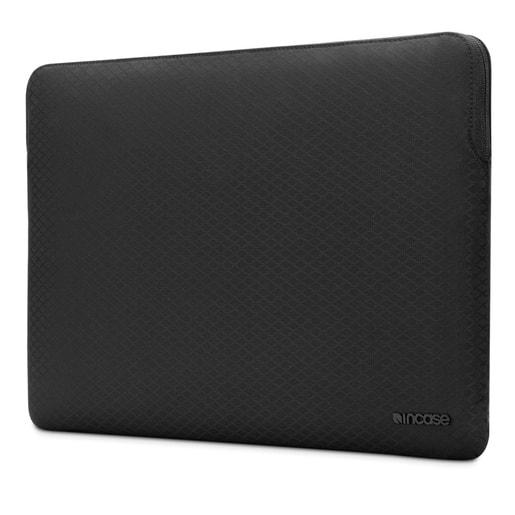 """Чехол Incase Slim Sleeve with Diamond Ripstop для ноутбуков MacBook Pro 15"""" Retina 2016. Материал полиэстер. Цвет черный."""