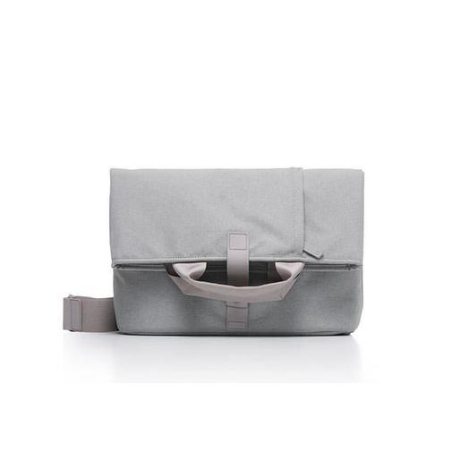 """Сумка Bluelounge Postal Foldover Bag для ноутбука до 13"""" дюймов. Цвет серый."""
