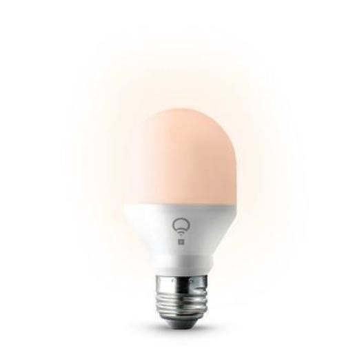 Умная светодиодная лампа LIFX Mini Day & Dusk, A19. Цоколь E27.