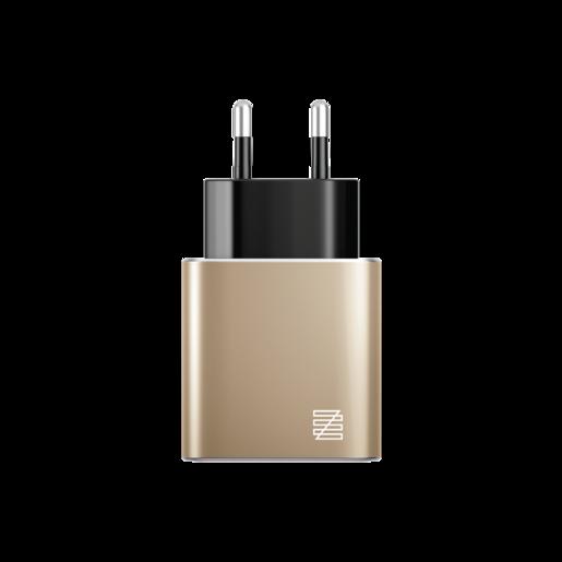Сетевое зарядное устройство LENZZA Piazza Metallic Wall Charger. Два порта USB 5В, 2,1А. Цвет золотой.