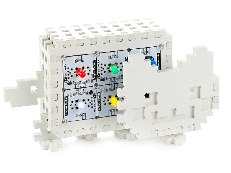 Конструктор на основе платформы Arduino для сборки умного котика Nyan!