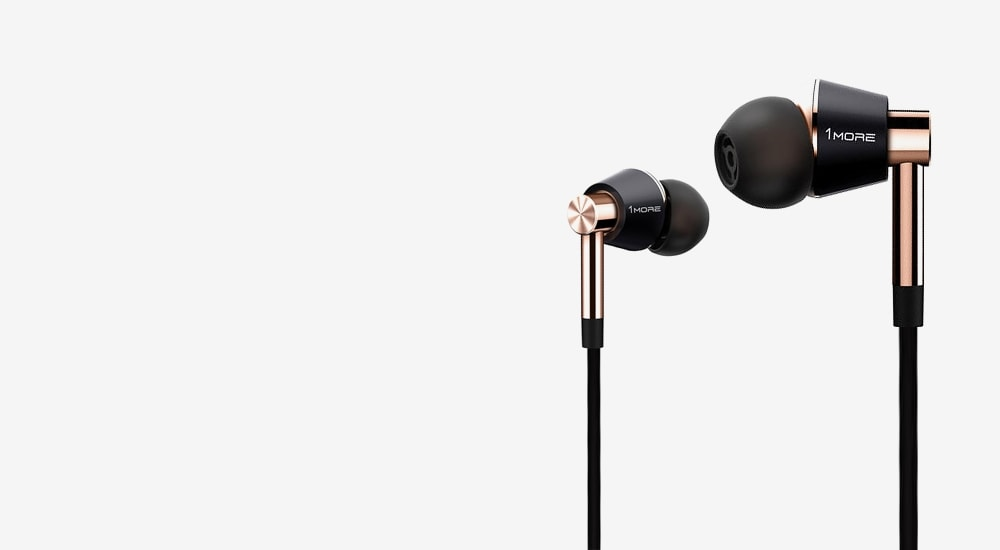 Стерео-наушники 1MORE E1001L Triple Driver LTNG In-Ear Headphones(w) (1MEJE0035) Gold/Black