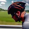 На Kickstarter представили велосипедный шлем с костной проводимостью звука