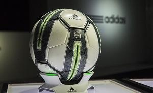 miCoach Smart Ball – «умный мяч», который измеряет скорость, вращение и траекторию каждого удара