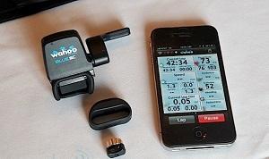 При помощи датчика скорости и каденса Wahoo BlueSC можно измерять скорость езды, частоту вращения педалей, количество сожженных калорий, пройденную дистанцию и другие показатели велотренировок.