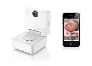 При помощи Withings Smart Baby Monitor родители могут на расстоянии следить за своим ребенком самым простым, легким и удобным способом.