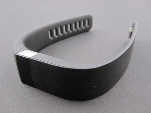 Беспроводной браслет-трекер активности и сна Fitbit Force