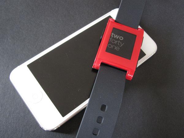 Смарт-часы Pebble