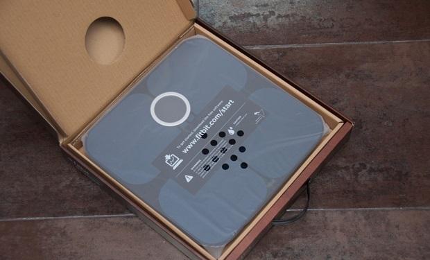 Fitbit-aria-wi-fi-scale-review-2012-04-13-verge-1020-6_verge_super_wide
