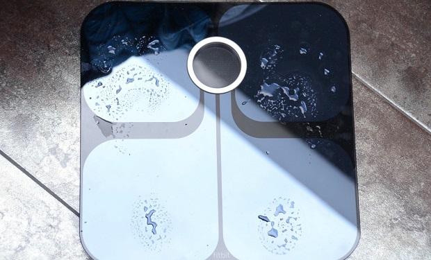 Fitbit-aria-wi-fi-scale-review-2012-04-18-verge-1020_verge_super_wide
