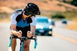 Как Aftershokz Trekz Titanium поможет велосипедисту или бегуну решить проблему с безопасностью